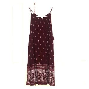 Maroon Old Navy tank top